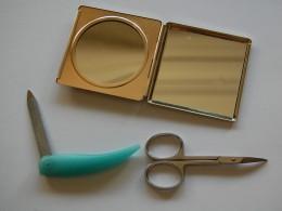 Schönheit, Spiegel, Schere, Nagelfeile, Pflege