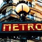 altes Metroschild in Paris