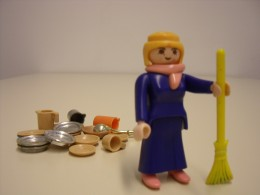 Playmobilfigur: Hausfrau