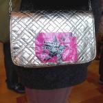 """Handtasche mit pink Sticker """"smash sexism"""""""