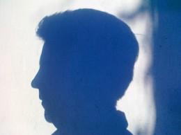 Schatten eines Kopfes - frauenseiten.bremen