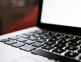 Detailaufnahme einer Computertastatur