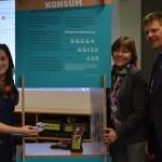 KomiKo, drei Personen mit fairen Produkten
