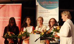 5 Frauen auf der Bühne