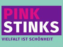 sexistische Werbung, auf grünem Hintergrund steht in einem violetten Kästchen Pink Stinks und darunter Vielfalt ist Schönheit