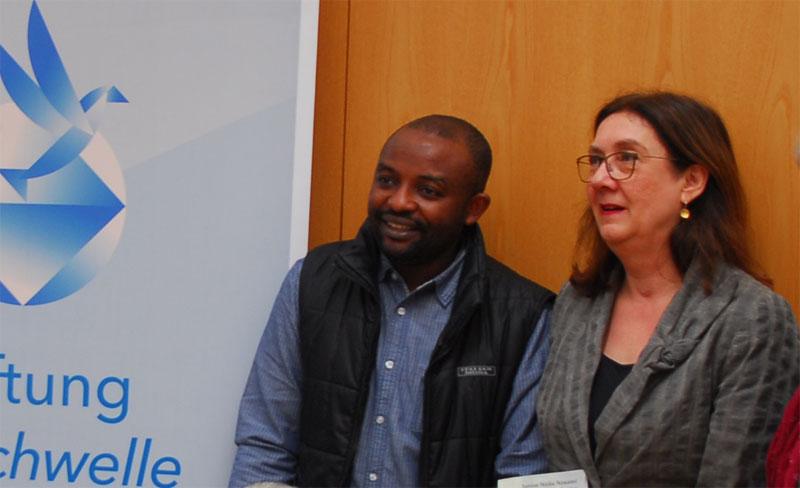 Bremer Friedenspreis, Ein Mann und eine Frau stehen nebeneinander