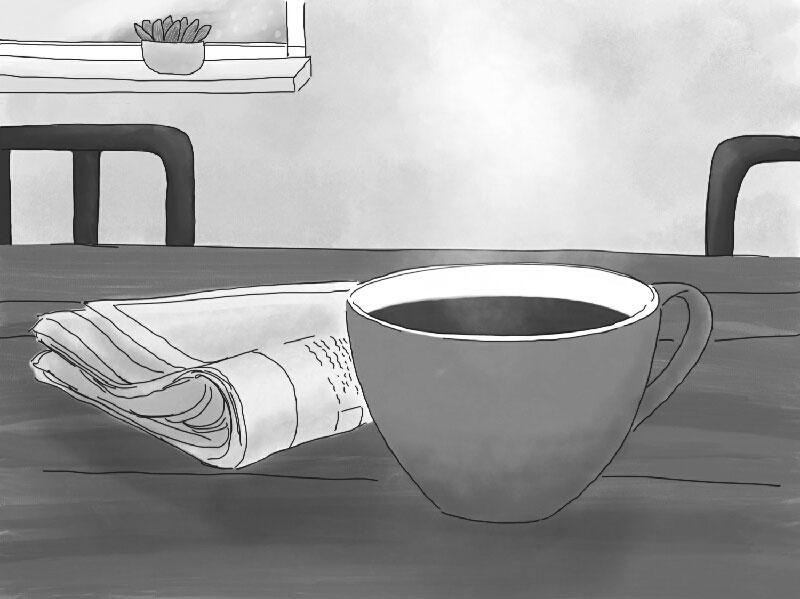 Ein Becher mit Kaffee steht auf einem Tisch. Daneben liegt eine Zeitung. Im Hintergrund sieht man zwei lila Stuhllehnen und einen Ausschnitt eines Fensters in schwarz weiß