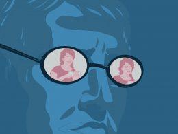 Mann mit Brille, in deren Gläsern sich eine Frau mit Handy widerspiegelt