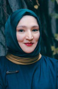 Portät der Autorin Kübra Gümüsay