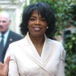 Oprah Winfrey lächelnd