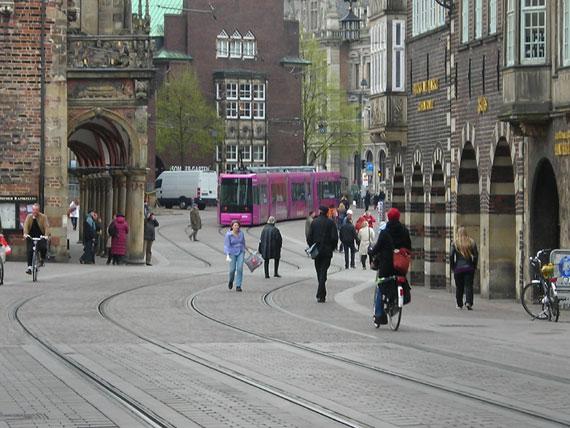 Pinke Straßenbahn