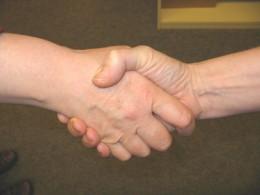 zwei Hände
